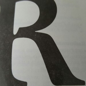 R de revisão