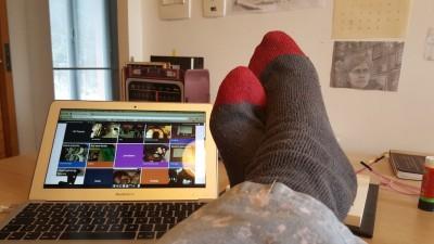 pés da blogueira Fernanda Pompeu